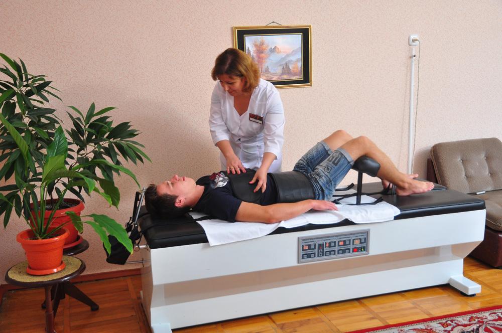 Вибро-массаж и вытяжение